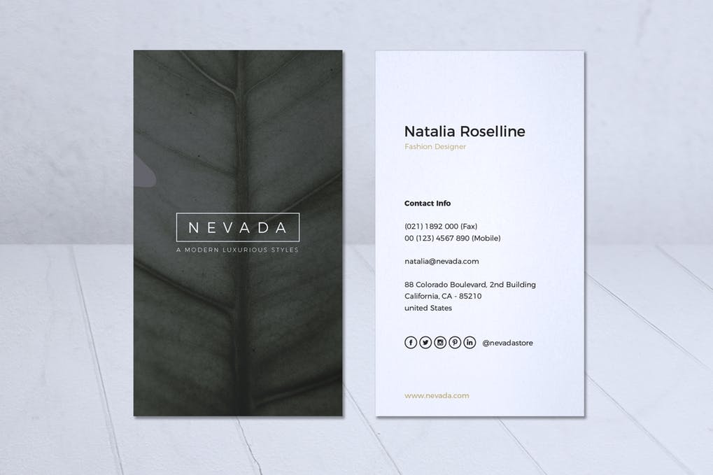 art director's pick of minimalist business card #3