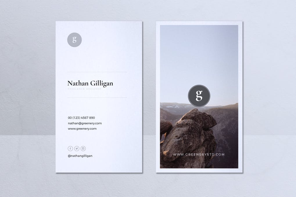 art director's pick of minimalist business card #5